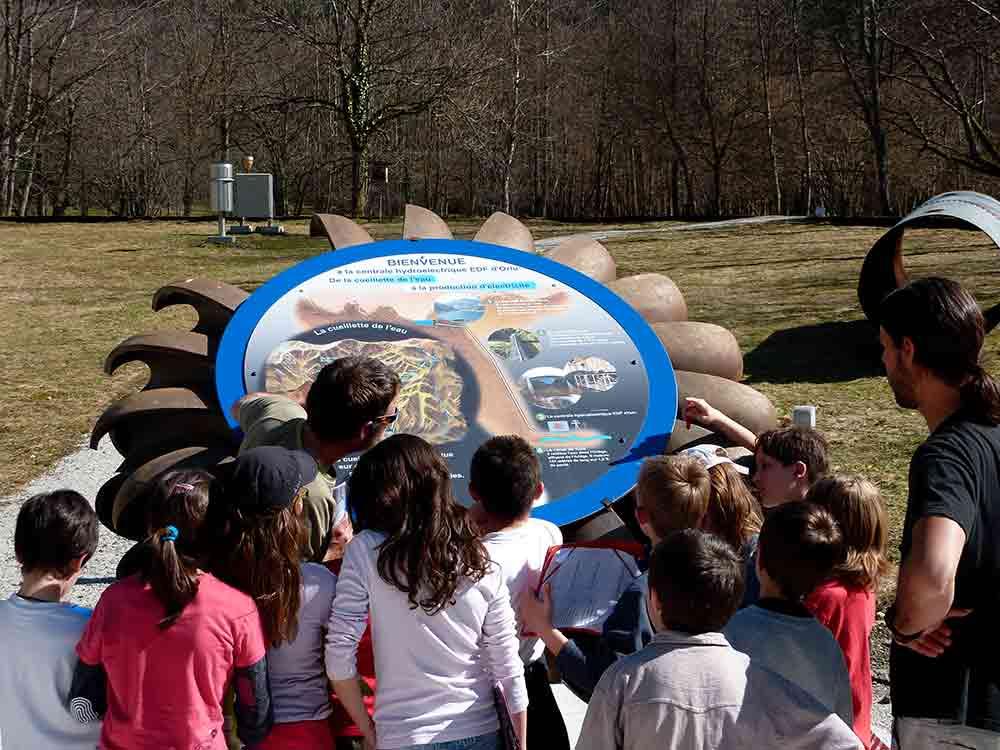 Visite- de centrale hydroélectrique scolaire